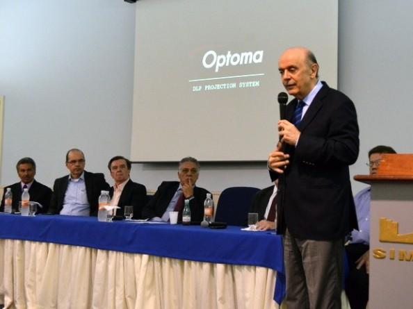 Fonte:http://g1.globo.com/sp/piracicaba-regiao/noticia/2013/11/em-piracicaba-serra-se-irrita-com-pergunta-de-tucano-sobre-eleicao.html